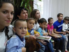 Благотворительная акция Дети-детям